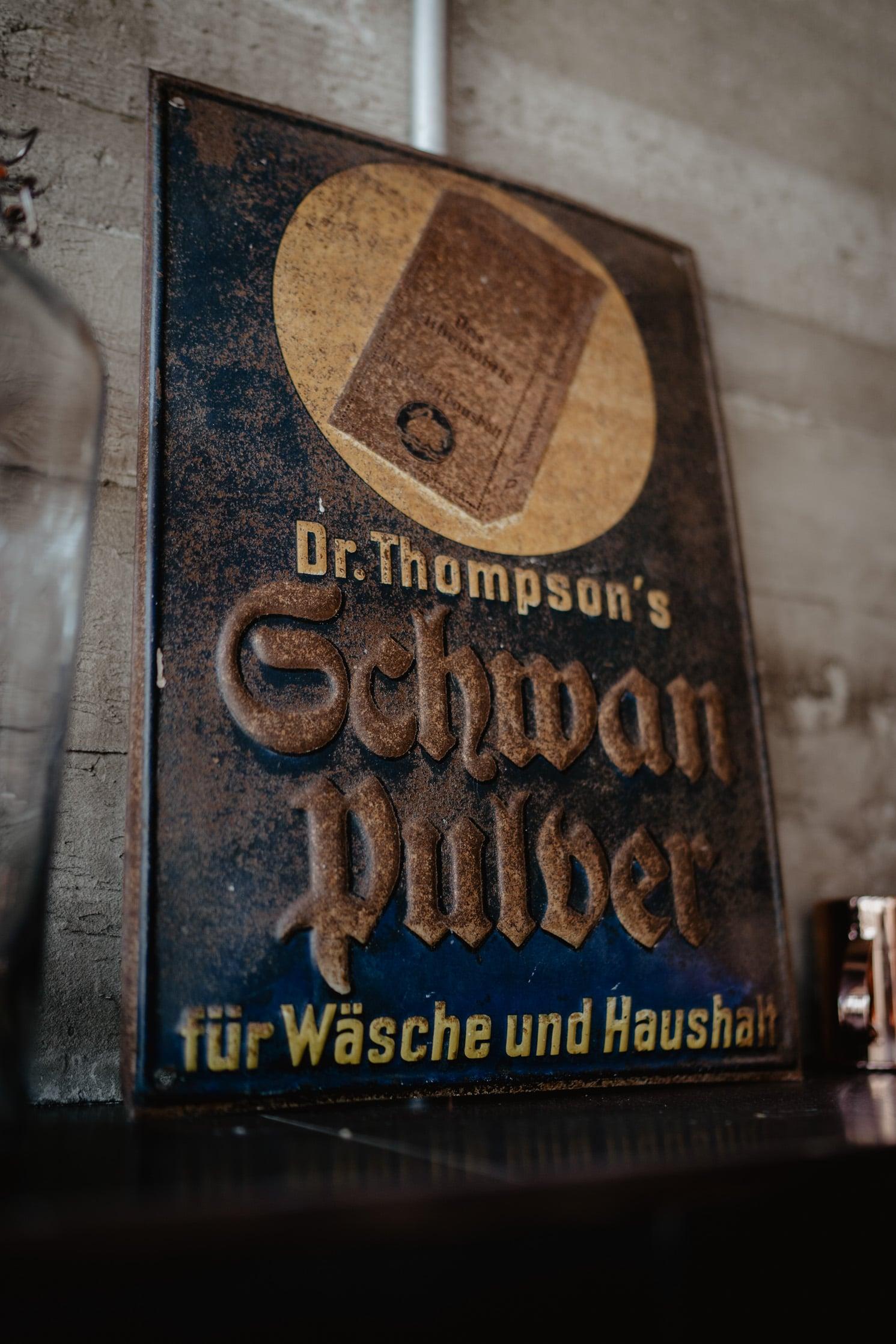 dr. thompson seifenfabrik, Dr. Thompson Seifenfabrik Düsseldorf
